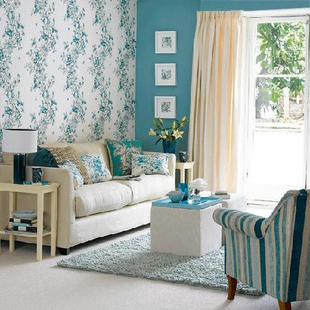 Design Trend: Wallpaper on one wall