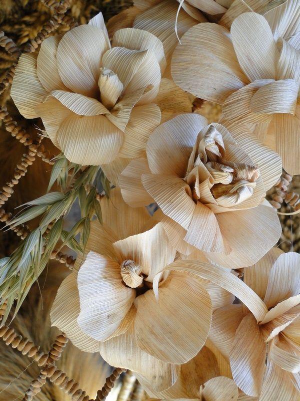 1 Korona Kwiaty Z Lisci Kukurydzy Nature Crafts Crafts Nature