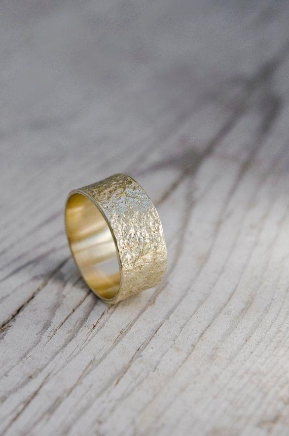Verkoop Vrouwen Bruiloft Band Brede 14k Gouden Trouwring Massief Gouden Textuur Ring In 2020 Yellow Gold Wedding Ring 14k Gold Wedding Ring Wedding Rings For Women