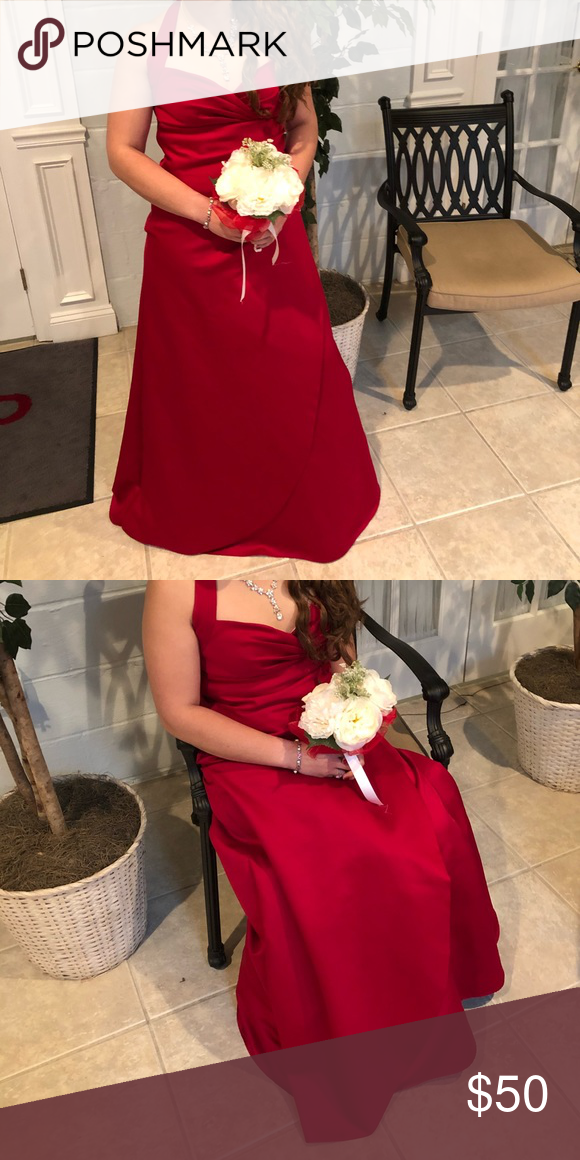 Candy Apple Red David S Bridal Bridesmaid Dress Very Well Condition Was Dry Cleaned Bridesmaid Dresses Apple Red Bridesmaid Dresses Bridal Bridesmaid Dresses