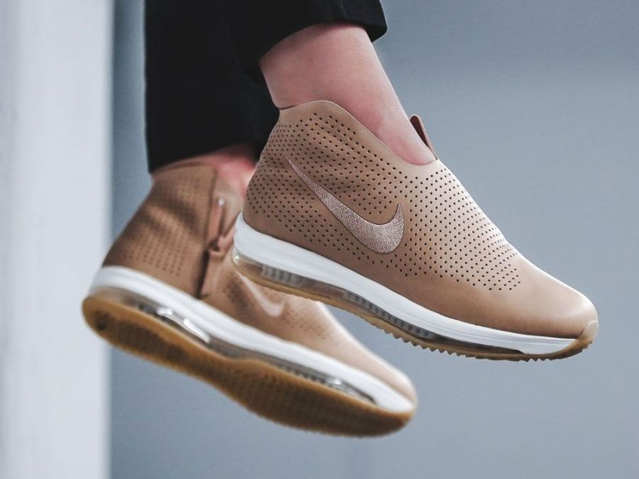 autentico scaricare la consegna dettagli per Fashion store on in 2020 | Kicks shoes, Sneakers fashion, Nike ...