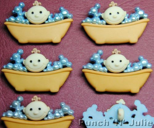 BABY-IN-THE-BATH-Bubble-Bathtime-Boy-Girl-Novelty-Dress-It-Up-Craft-Buttons