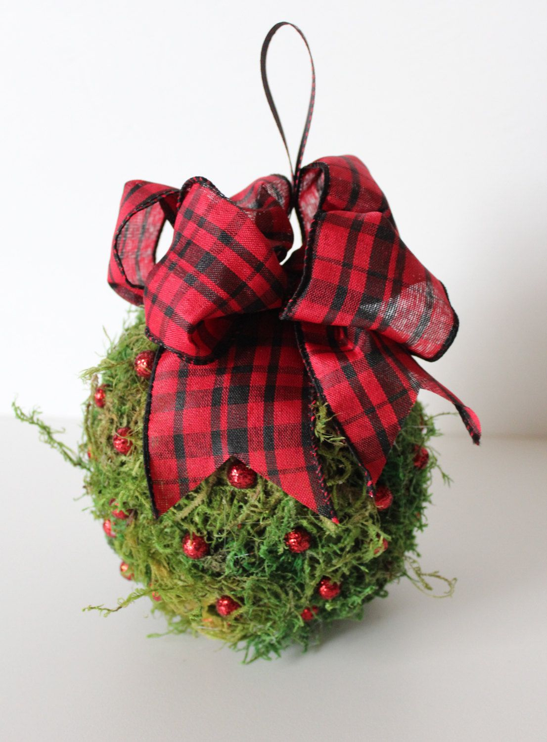 Christmas Kissing Ball Mistletoe Red And Black Theme Moss Modern Rustic Holiday Decorations Indoor