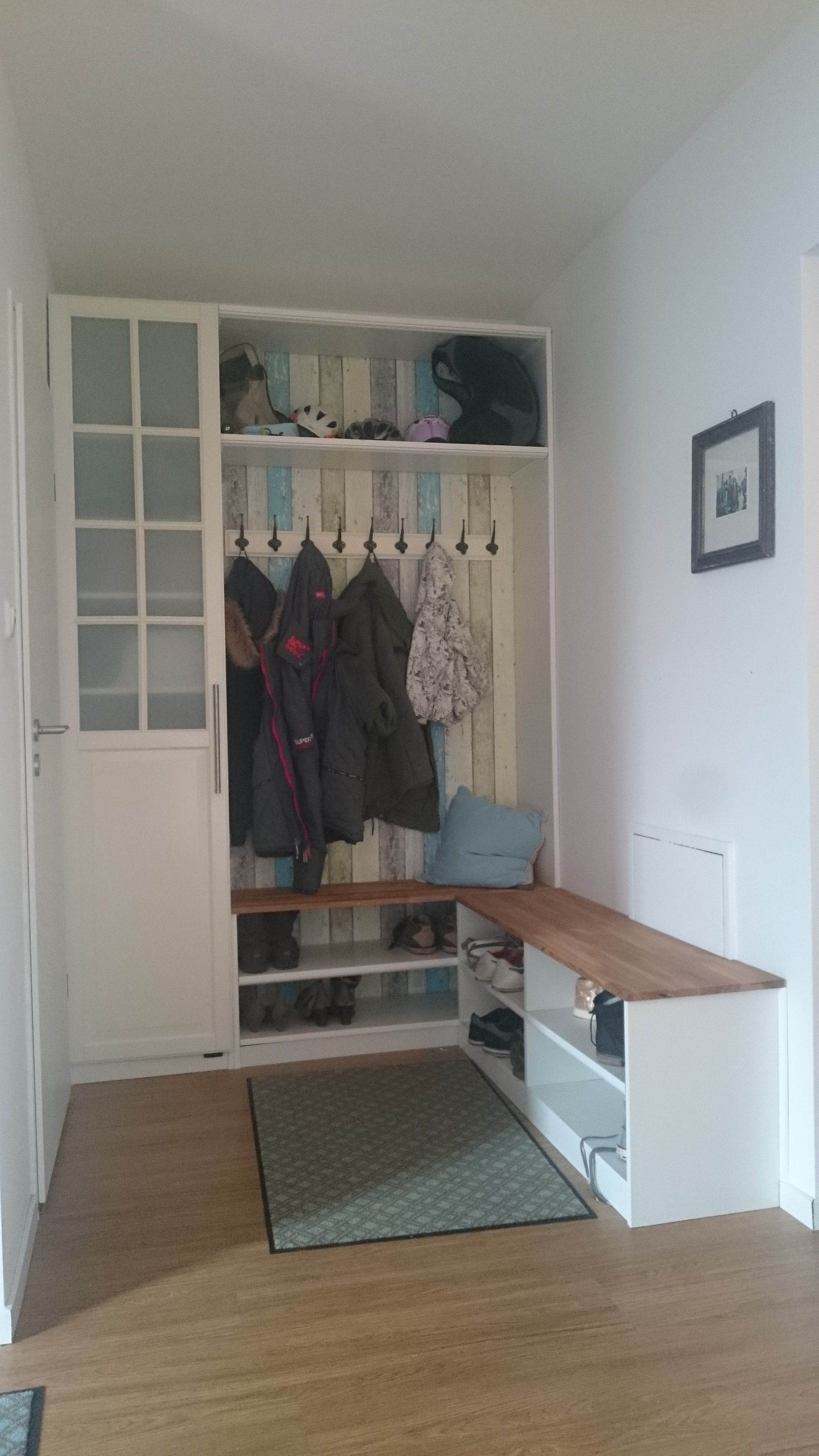neue garderobe f r den flur bauanleitung zum selber bauen flur pinterest bauanleitung. Black Bedroom Furniture Sets. Home Design Ideas