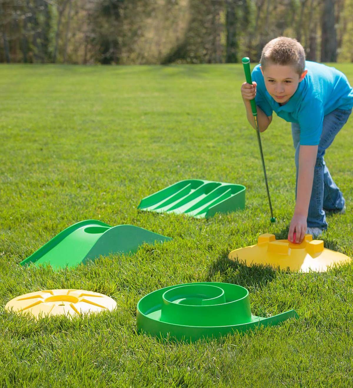 Mini Golf Set Hearthsong In 2021 Mini Golf Course Mini Golf Mini Golf Set Backyard mini golf kit