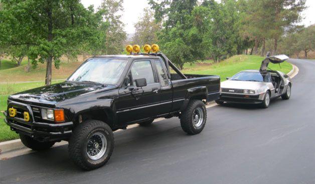 Back To The Future Toyota Pickup 4x4 Toyota Trucks Toyota 4x4
