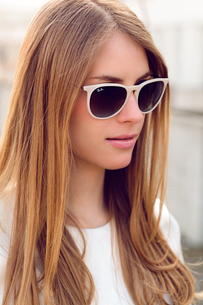 Cool white look. Ray Ban Erika in rubber beige.   ♥ your glasses ... d63a0438c4d7