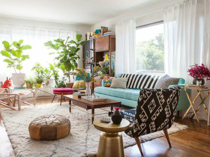 Wohnung Einrichten Ideen Wohnzimmer Pflanzen Hellblaues Sofa Weisse Gardinen