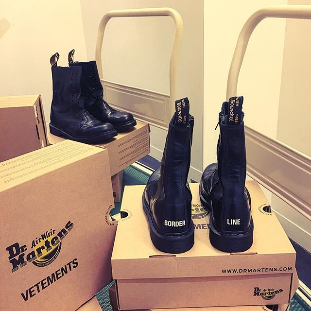 VETEMENTS collab Dr MARTENS 🚨Borderline, Feels like I\'m going to ...