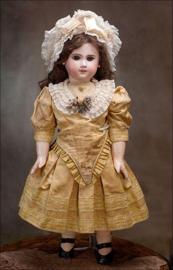 Jules Nicholas Steiner (1832-1902) —  Bebe Doll  model Phenix (564×877)