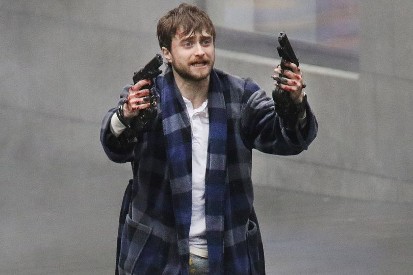 Daniel Radcliffe Gets Trigger Happy On The Set Of New Movie Guns Akimbo Daniel Radcliffe Harry Potter Funny Tumblr New Movies