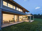 #familienhaus #holz modern #architektur #satteldach #flachdach – anbau -…   – uncategorized