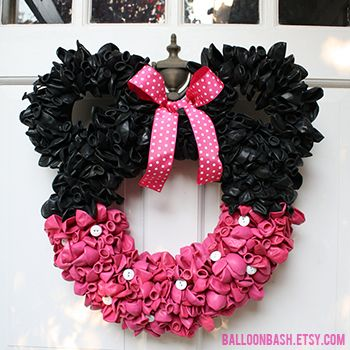 I really love a good balloon wreath for a birthday party, but I've never seen a Minnie Mouse one before! How cute is this?! It's for sale by Balloon Bash on Etsy. Featured pin • Original source and for sale by: Balloon Bash • Pinned to: Mickey or Minnie Party ...