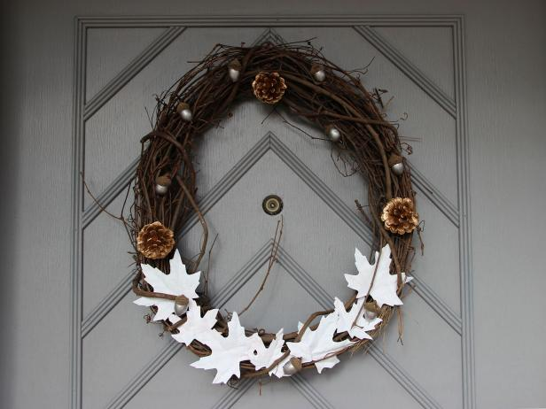 Make Your Own Thanksgiving Door Wreath Diy halloween
