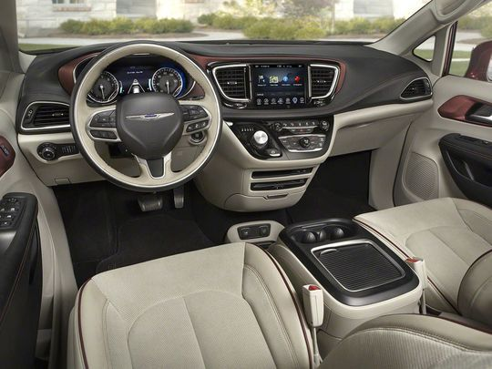 2017 Chrysler Town Country Interior