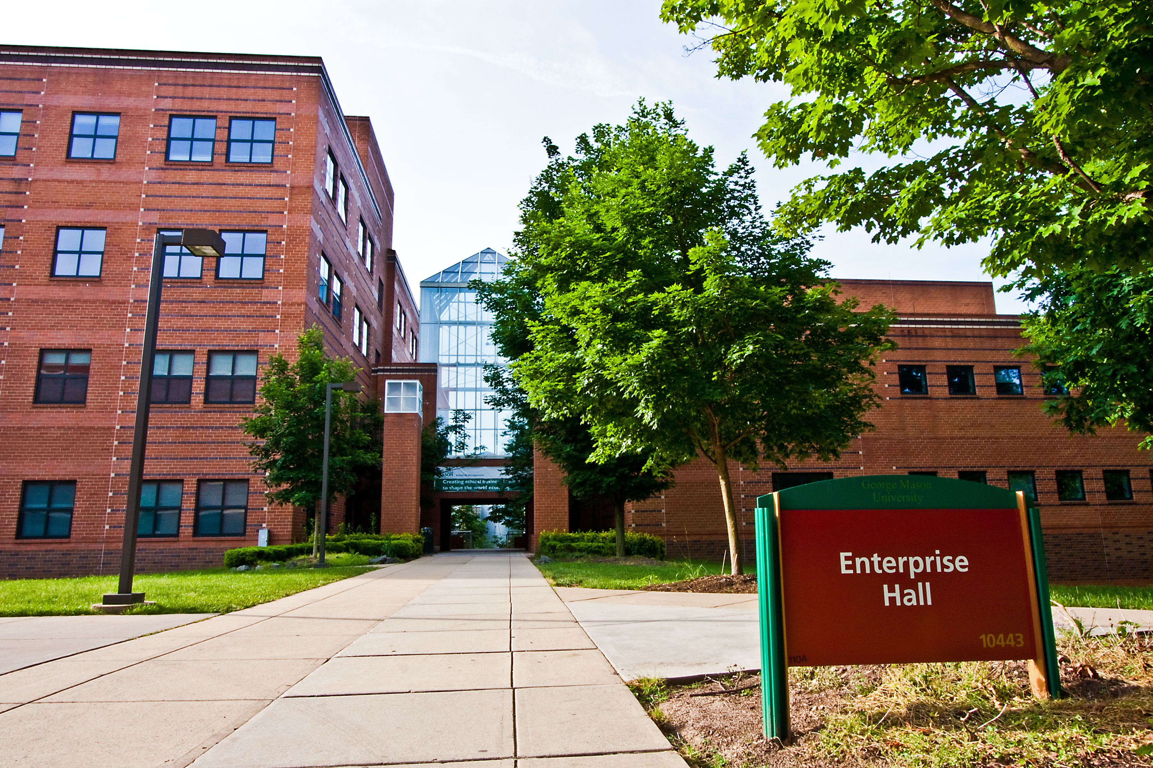 Mason S Bachelor S Program In Accounting Ranked In The Top 50 Nationally Bachelor S Accounting Outdoor