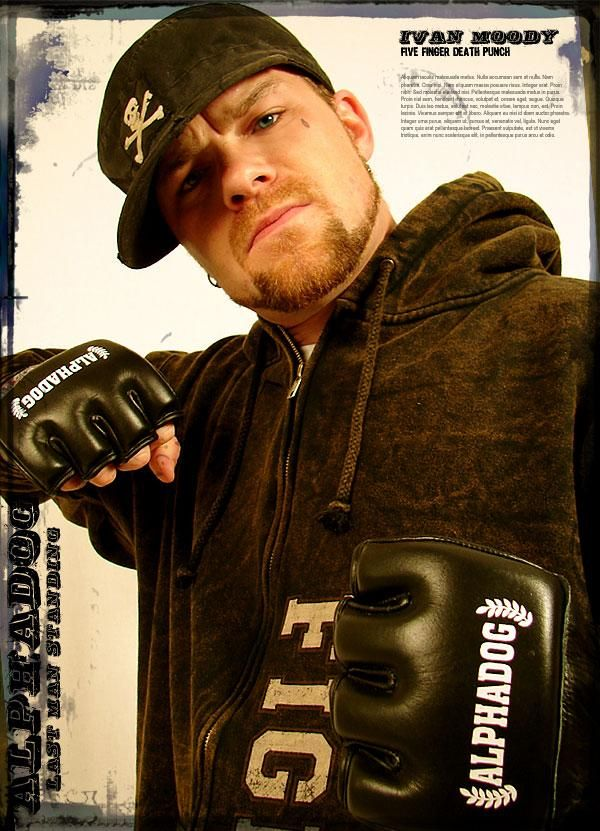 Ivan Moody from 5FDP ... I wonder if he'd make a baby with me? LMAO