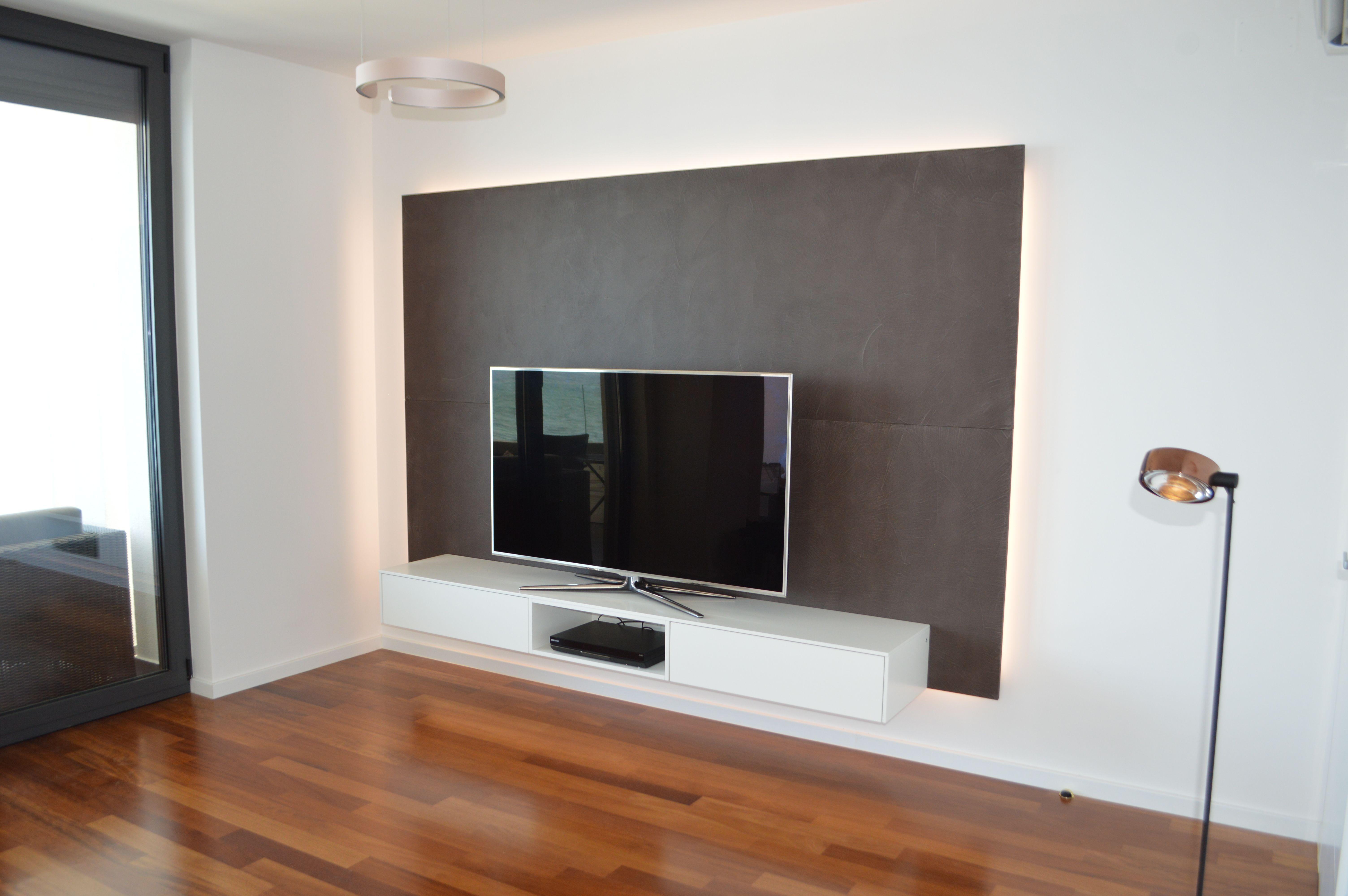 Tv Wand Mit Lowboard Und R 252 Ckwand Aus Beton Cir 233 F 252 R Eine Ferienwohnung Am Meer Ein Fernseher