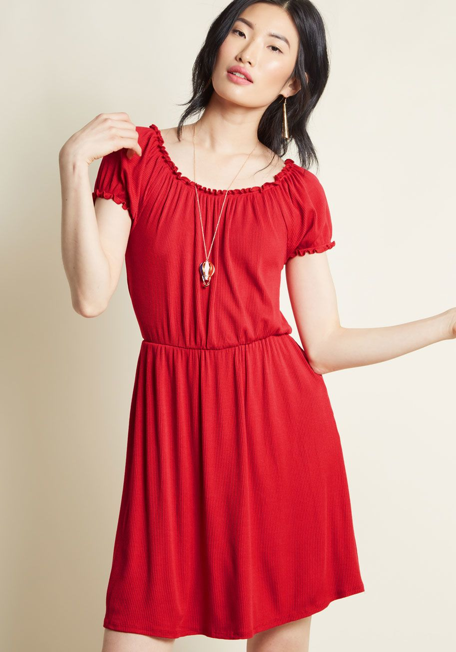 Sway that again knit dress in red in dresses short sleeved