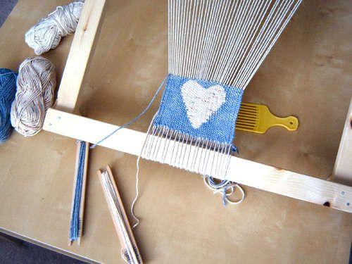 Diy Frame Loom for Weaving