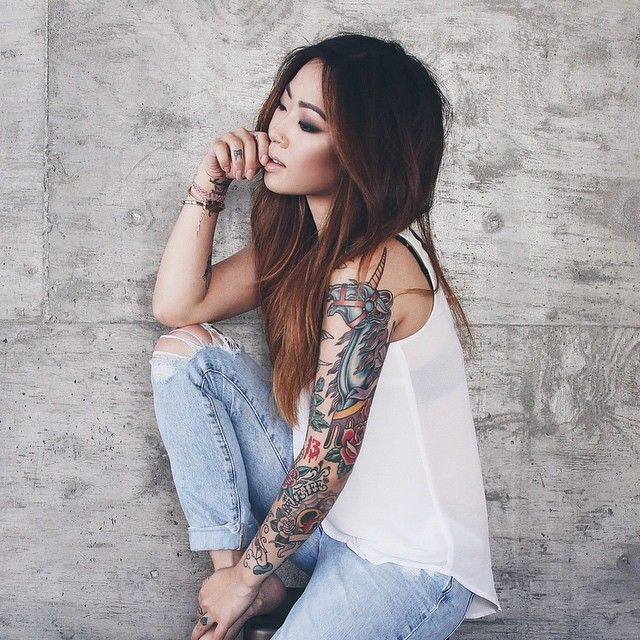 This is an old photo heyclaire instagram pinterest for Tattooed girl instagram