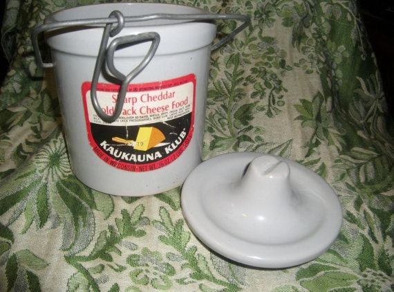 Vintage Kaukauna Club Stoneware Crock Only 7 USD by SusOriginals, $7.00