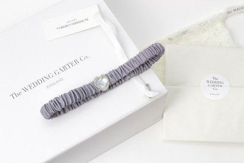 Hera wedding garter / grey