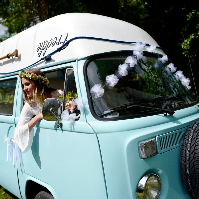 White Tulle Wedding Car Decorations Wedding Transport Wedding car,  Car decor, Wedding car decorations