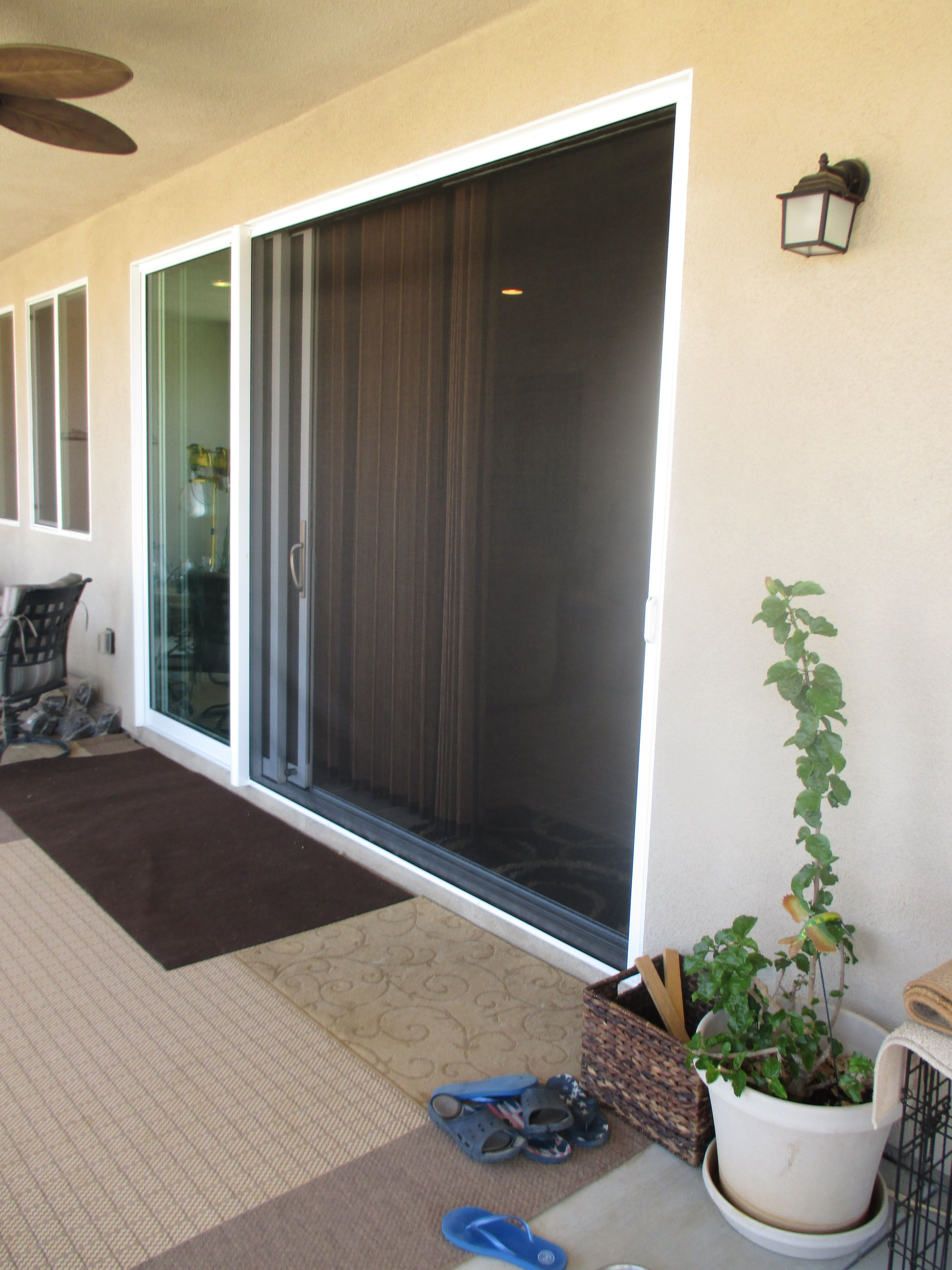 Large Compacting Sliding Door Retractable Screen System Do You Have