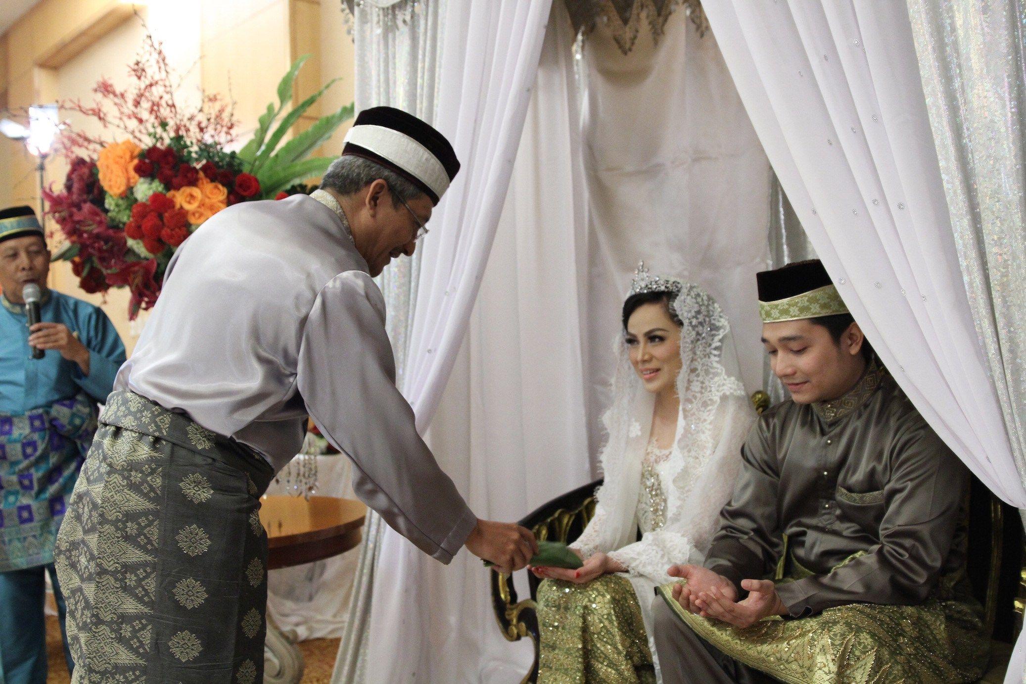 Pernikahan Adat Melayu Deli Nina Dan Zakie Tepungtawar Rias Chocker Slice Top Blouse Baju Atasan Wanita Bl899 Palembang