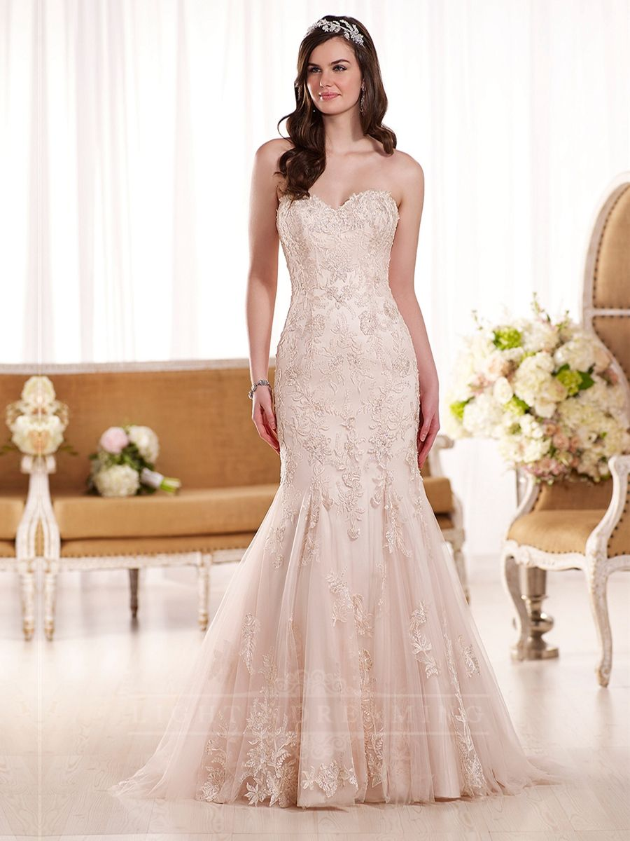 Fit and flare sweetheart embroidered lace wedding dress sweetheart