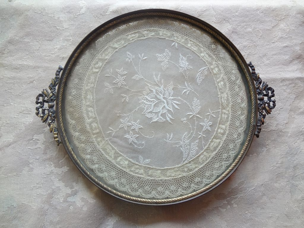 Antique vanity tray with lace insert - E Jb Vanity Tray Lace Insert 1930 S