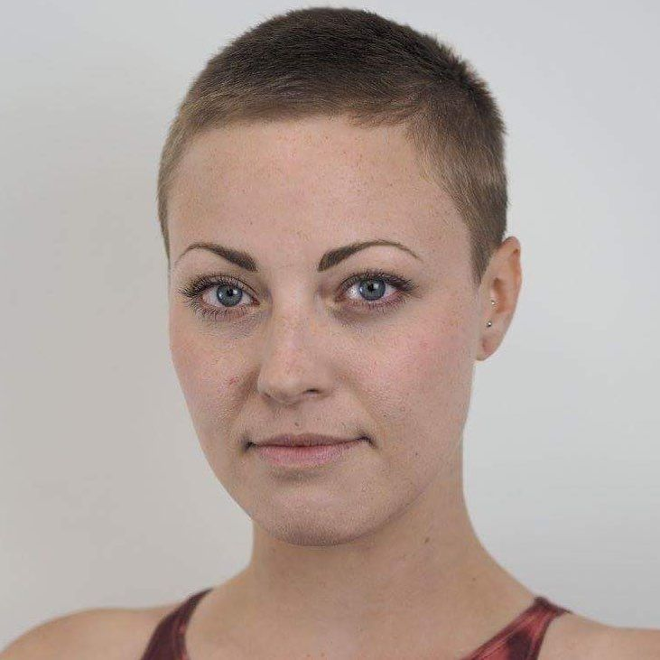 43 Women With Super Short Buzzed Hair Who Define Their Own