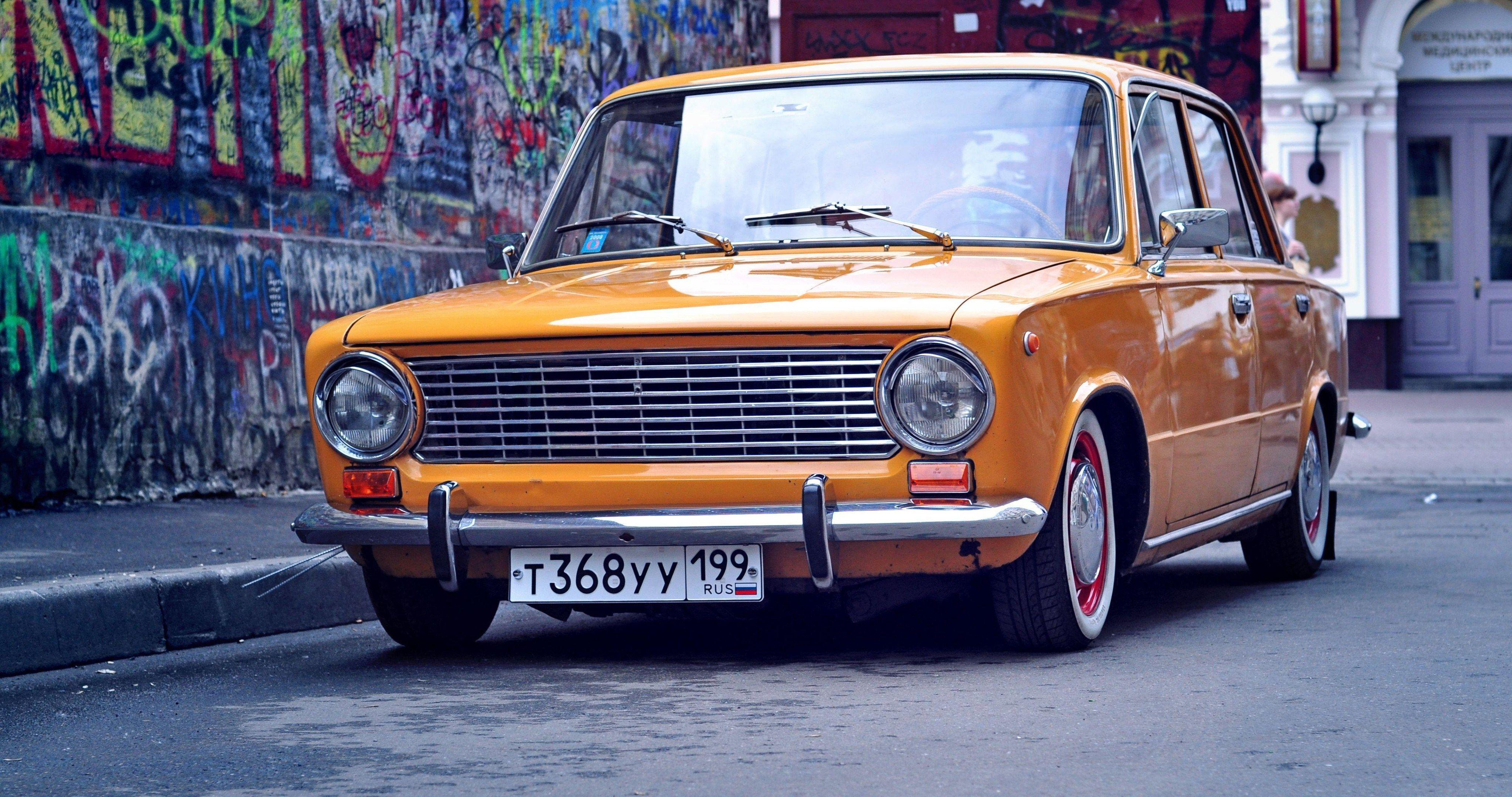 Lada Vaz 2101 Resto Classic 4k Ultra Hd Wallpaper Sedan Fiat Cars Hd Wallpaper