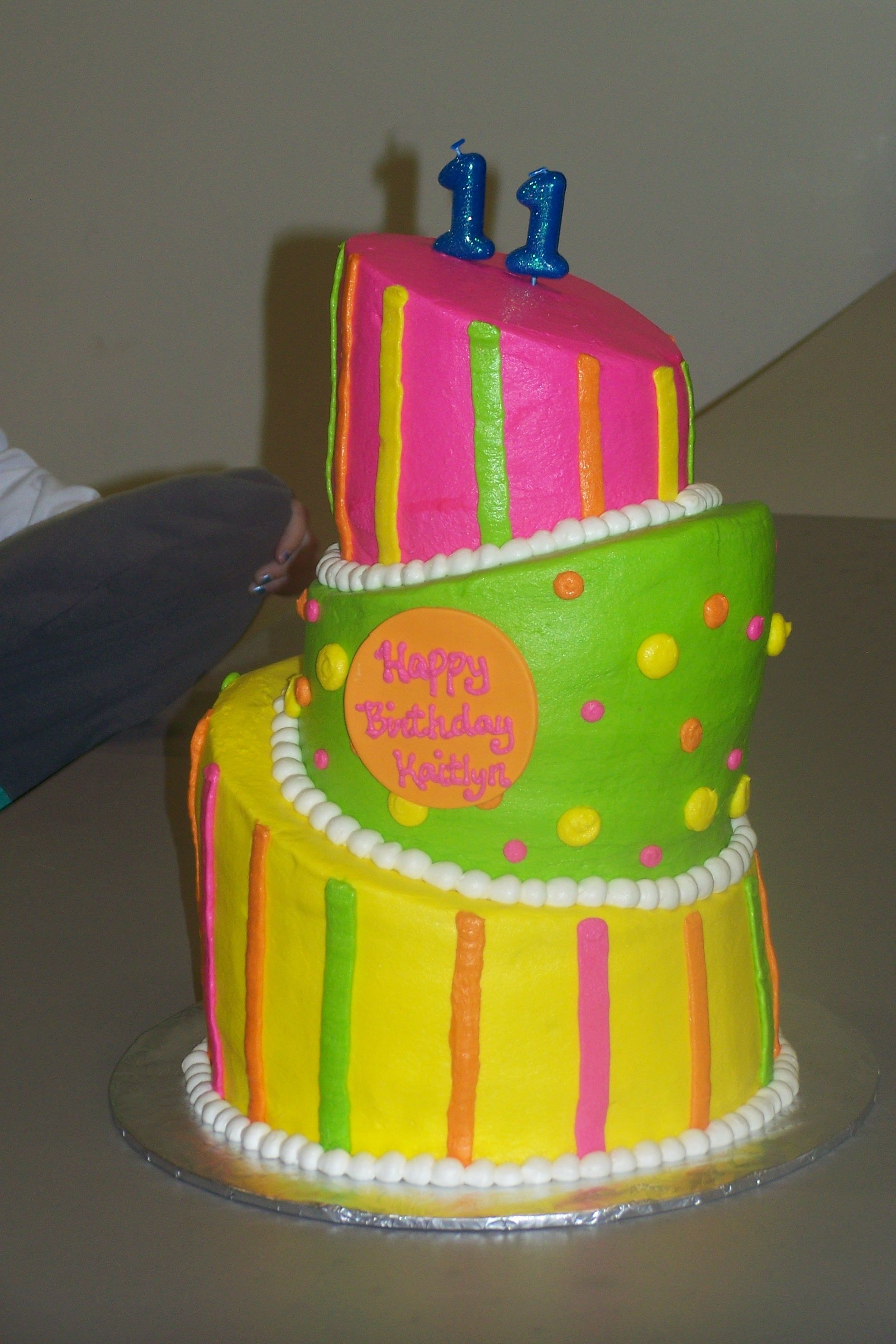 neon colored cakes Google Search Koek Idees en Resepte