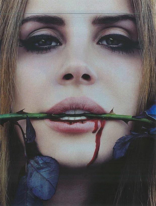 Lana Del Ray, bleeds...