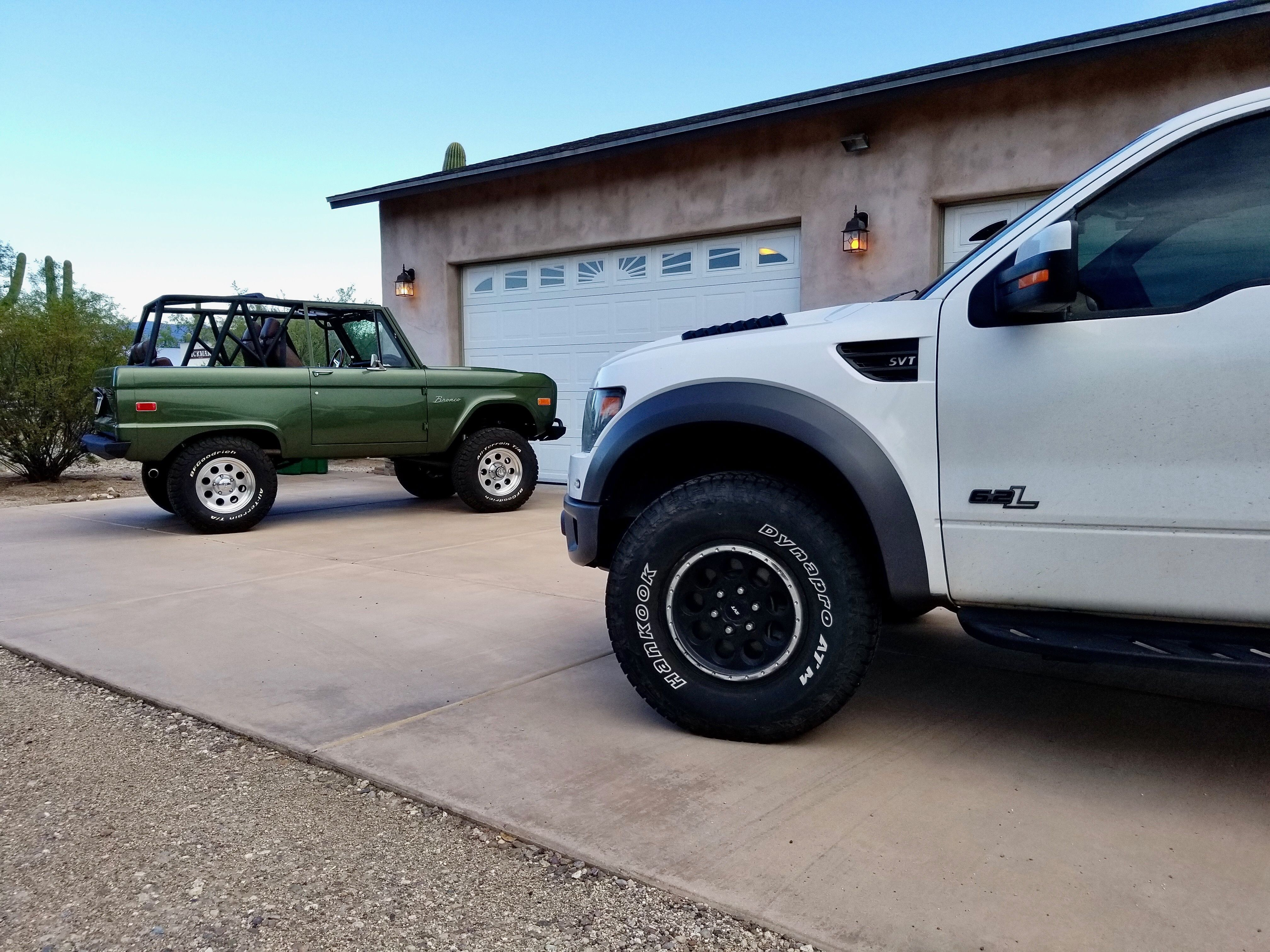 Vintage Ford Bronco Bill Brown Ford In 2020 New Trucks Ford Car Ford