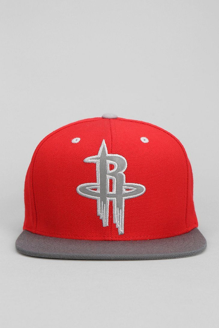 db89888b3 Mitchell   Ness XL Reflective Two-Tone Houston Snapback Hat ...