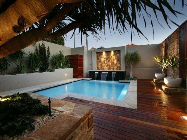 jardn pequeo con piscina iluminada - Iluminacion Jardin