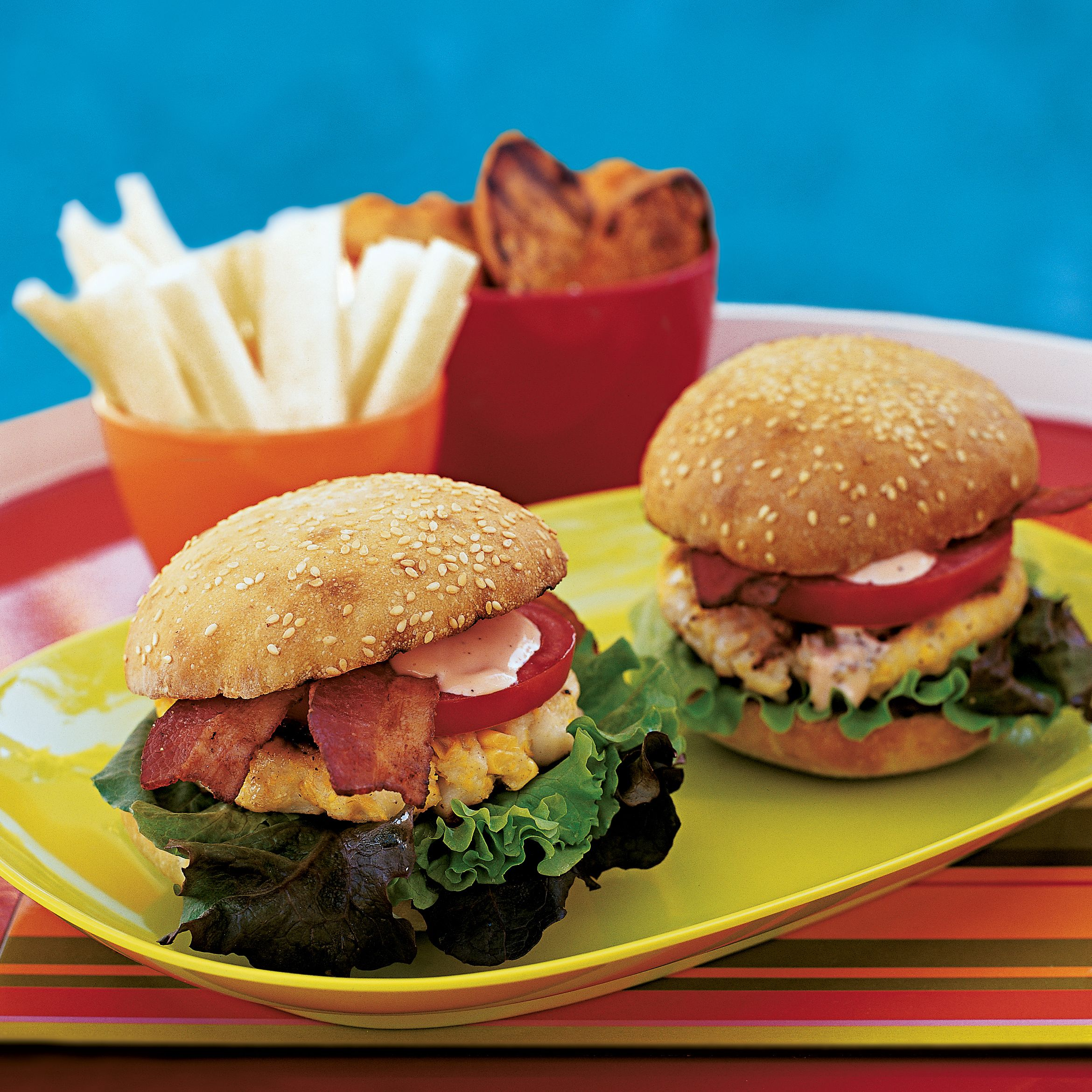 Scallop And Corn Bacon Burgers With Spicy Mayo Recipe Seafood Recipes Shellfish Recipes Scallop Recipes