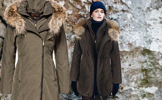Linee pulite e ricerca stilistica estrema nei materili. Woolrich John Rich & Bros si racconta nel modello Eugene , un cappotto in nylon con inserti in coyote.