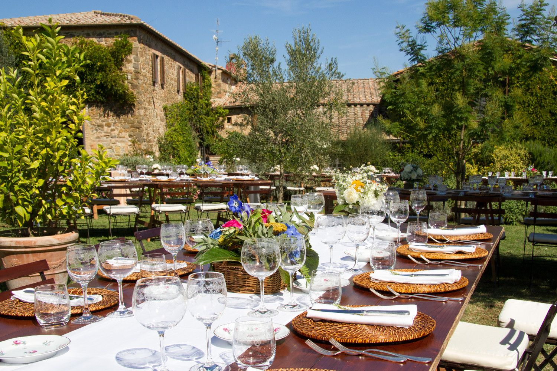 Matrimonio Country Toscana : Allestimento shabby chic per matrimonio in campagna
