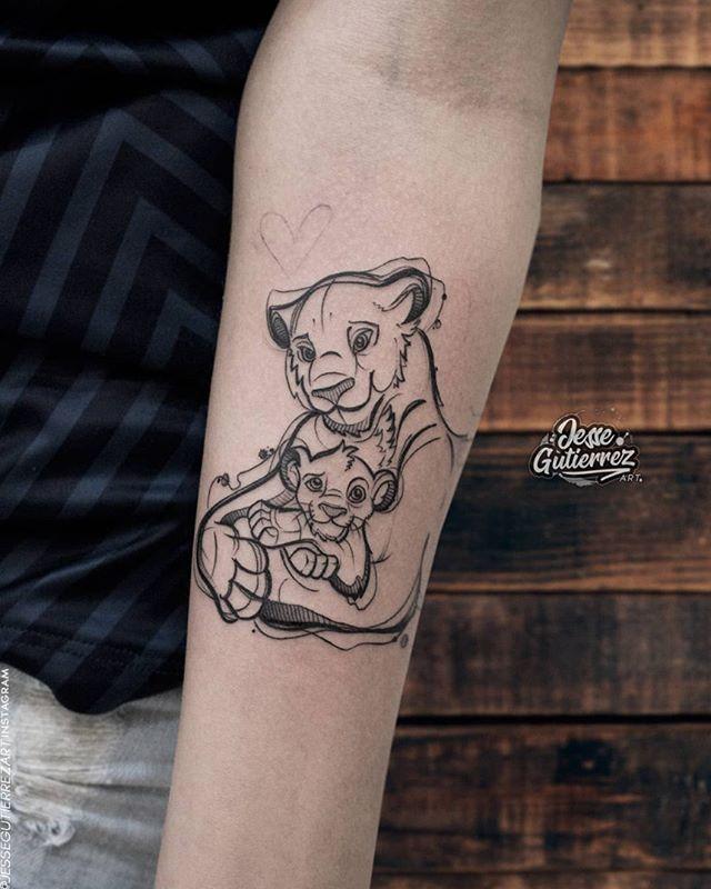 Que amor de tattoo!    Artista: @jessegutierrezart  Se você ama redes sociais como nós também está no Pinterest certo? Então siga a gente por lá também e confira pastas exclusivas com muuuuuita tatuagem: pinterest.com/tattoo2me