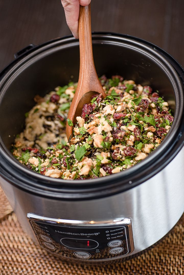 Cranberry Herb Wild Rice Pilaf #ricecookermeals