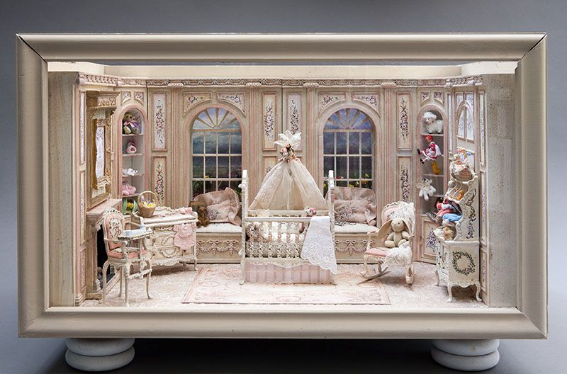 IGMA Artisan Bluette Meloney makes distinctive 1:12 scale structures and hand-painted collectible furniture. She uses realistic decorati... Miniature Nursery #miniaturenursery #miniaturerooms