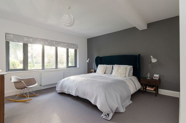 Contemporary Bedroom using Roman blind
