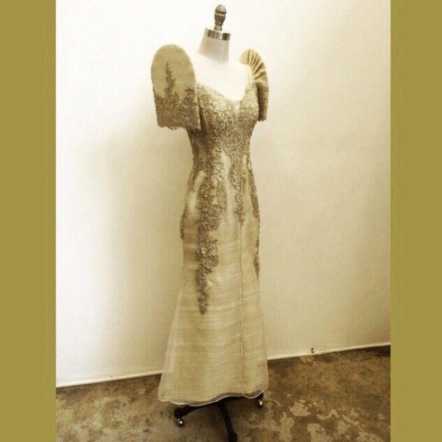 Rajo Laurel Wedding Gowns: Rajo Laurel @rajolaurel