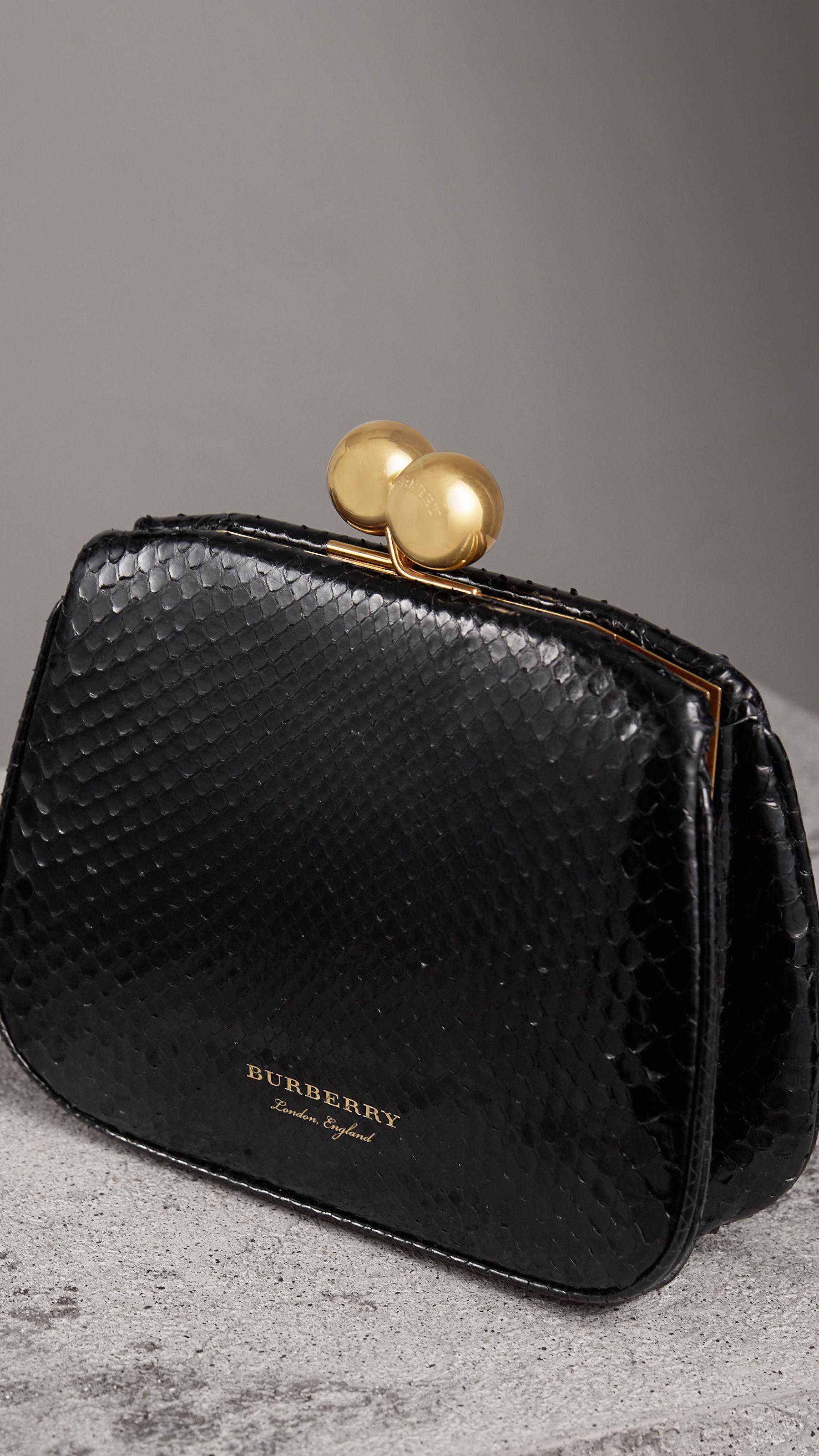 Women S Clutches Burberry Hand Bag Bags Clutch