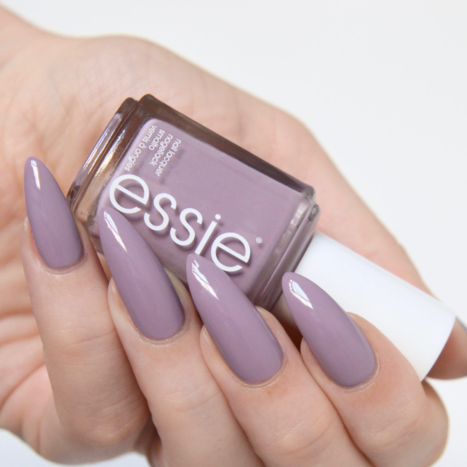 Essie Resort 2017 Collection Review