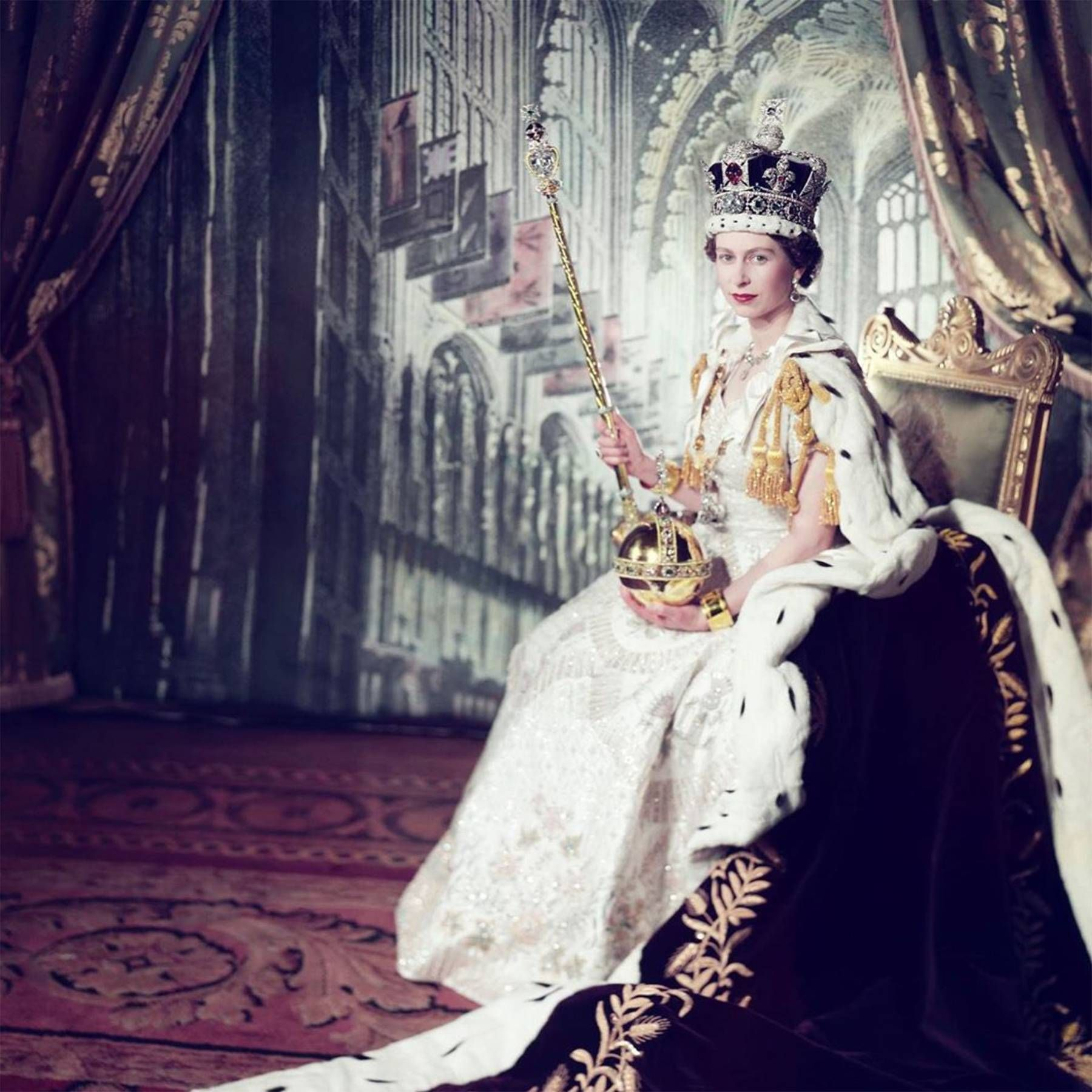 Queen reveals new details of her Coronation Day on 67th